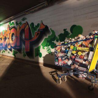 Graffitia rakennusliikkeen kanssa