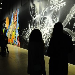 Graffitinäyttely, myös hieman graffiteja
