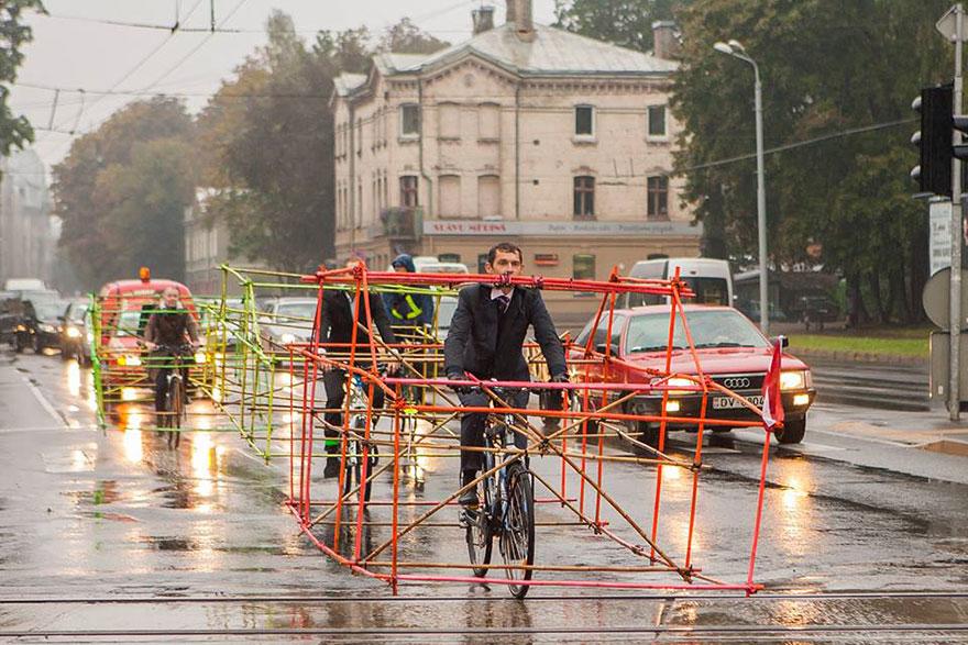 Esimerkiksi Helsingissä menehtynyttä pyöräilijää muistaneet 850 pyöräilijää olisivat vieneet verrattomasti enemmän tilaa, mikäli jokainen pyöräilijä olisi ottanut tilaa auton verran.