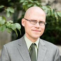 Tekstin kirjoittaja Johannes Urpelainen on ympäristö- ja energiapolitiikan professori ja ohjelmajohtaja Johns Hopkins -yliopistossa Yhdysvalloissa, sekä Initiative for Sustainable Energy Policy (ISEP) -ohjelman perustaja ja johtaja.