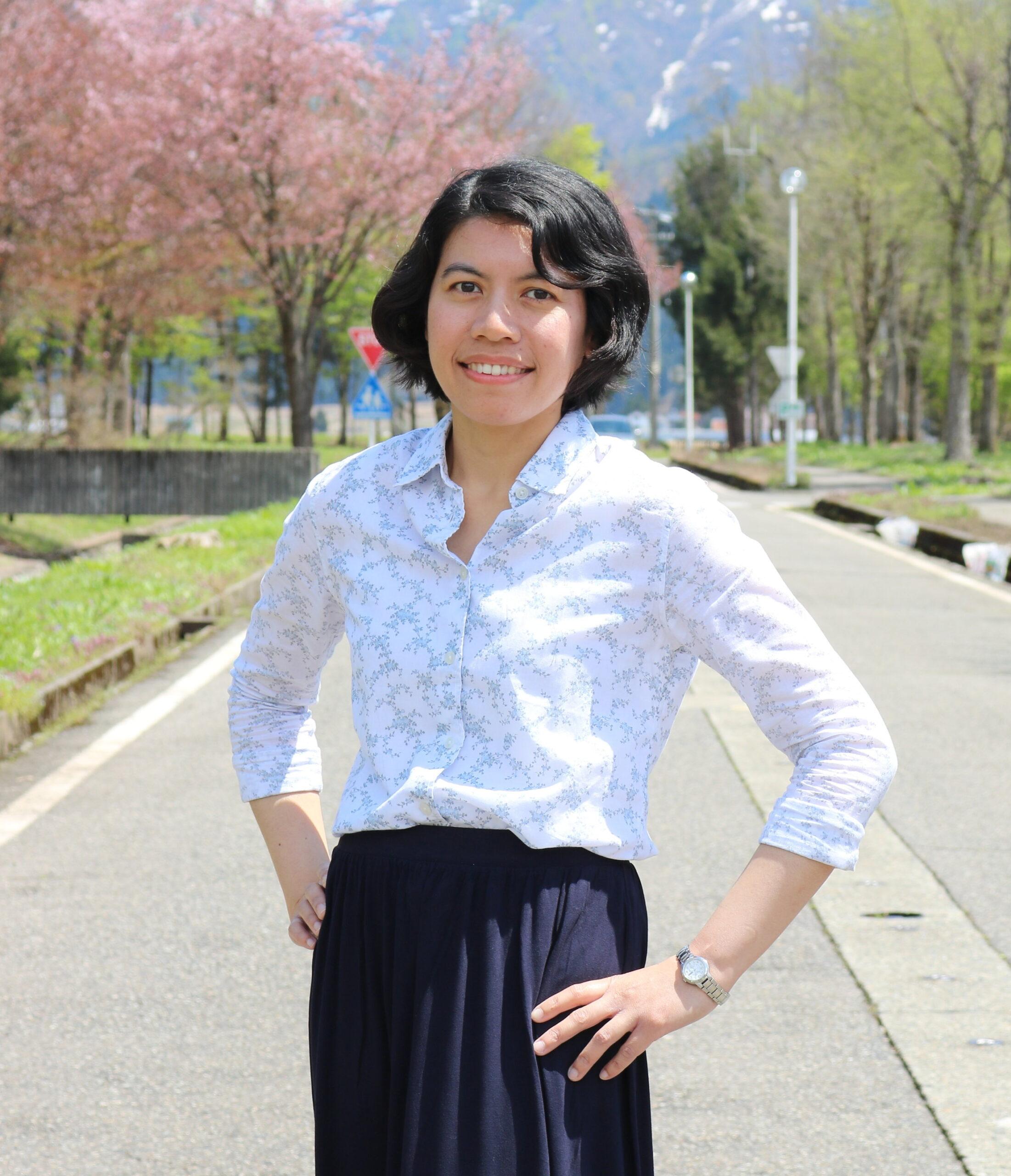 Tekstin kirjoittaja Aznita Pharmy on juuri valmistunut kansainvälisten suhteiden yliopisto-opiskelija Petaling Jayan kaupungista Malesiasta. Hän kiinnostui ympäristöasioista jo lapsena ja haluaa työskennellä ilmastoaiheiden tutkijana.