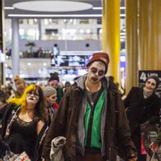 Kuluttaja-zombit keskuudessamme