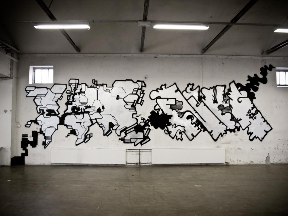 """""""Egs"""" & """"Nug"""". Spraymaali betonille, 2013"""