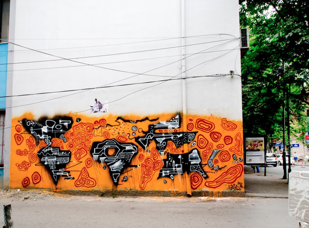 Egs: Tirana World Map. Spraymaali betonille, 2014