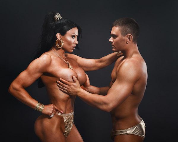 nais homoseksuaaliseen seuraa kiihottava mies
