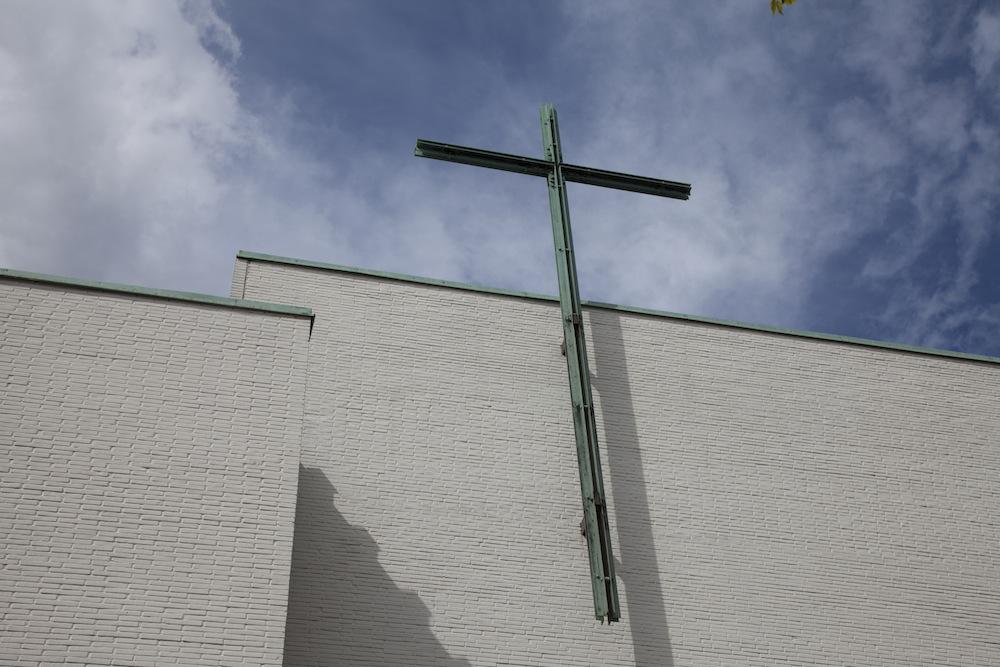 Yhteisen käsityökohtaamisen paikkana oli Alppilan kirkko.
