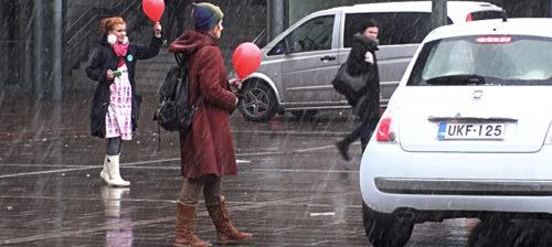 Voima-TV: Kevään ensimmäinen flash mob!