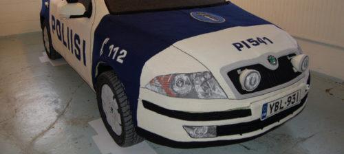 Pehmeämpi poliisiauto