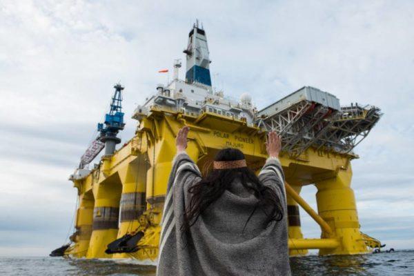 SHELL NO. Samalla, kun huoli esimerkiksi valtiollisen Arctia Shippingin touhuista pohjoisilla merialueilla kasvaa, perusporvarihallitus päätti leikata Finnwatchin rahoitusta. Finnwatch on ainoa suomalaisten yritysten toimia kansainvälisesti seuraava tutkimusorganisaatio.