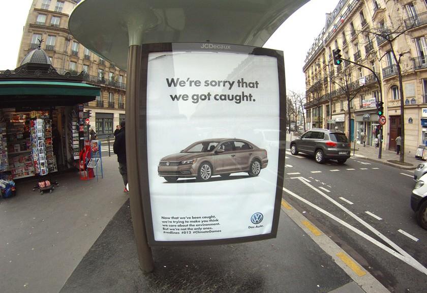 Brandalism Pariisissa
