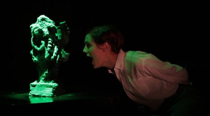 Kosmista kauhua ja genre-teatteria