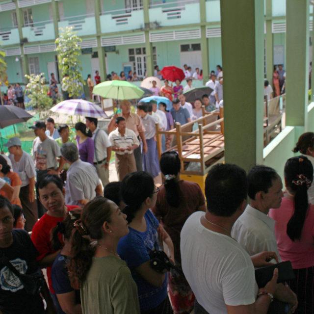 Myanmarissa äänestettiin historiallisissa vaaleissa