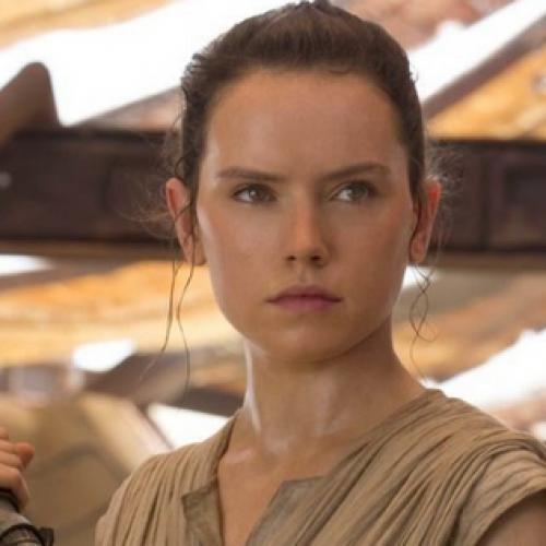 Kulttuurianalyysi: nukkeja, tyttönaisia, tyttökirjoja, prinsessoja ja Star Warsin Rey