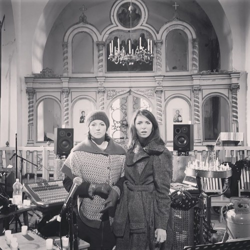 Maria Faust & Kira Skov_church_small_preview
