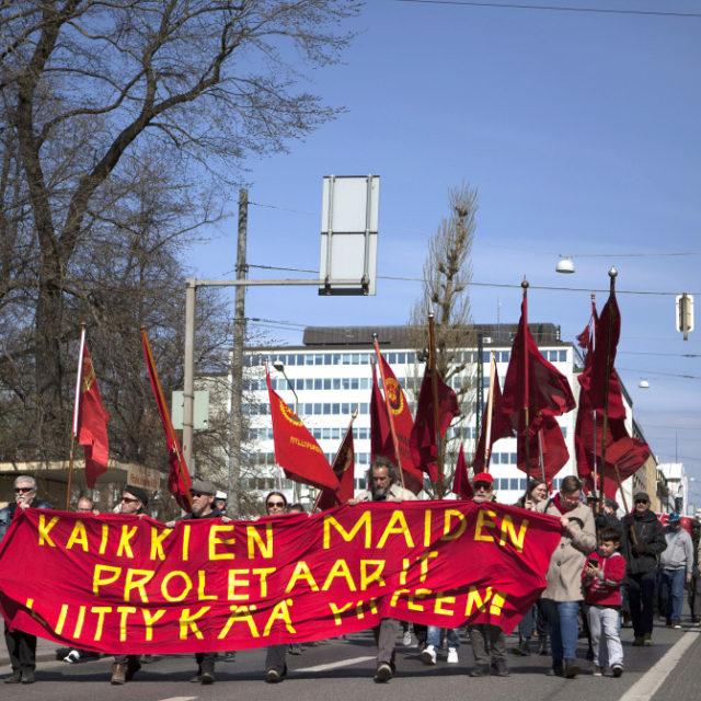 Työväen vappu veti ennätyksellisesti väkeä Helsingissä