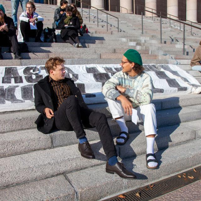 Ekokriisiä ei torjuta äänestämällä, Sveitsin häätämät suomalaiset opiskelija-aktivistit kaipaavat enemmän suoraa toimintaan