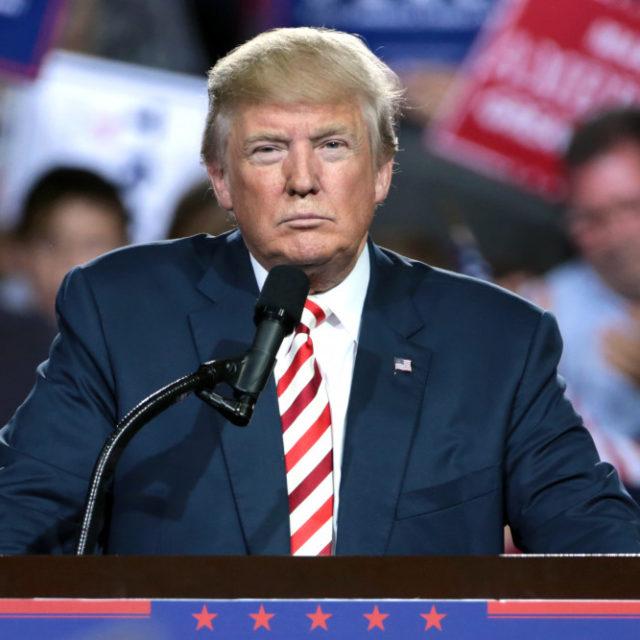 Presidentti Trump käyttäytyy kuin olisi suuressa ahdingossa – ja niin hän onkin