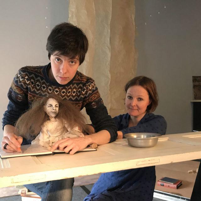 Mila Nirhamon poliittisessa nukketeaterissa kohtaavat taide, käsityöläisyys ja aktivismi