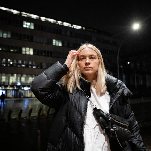 Lähes tosi tarina kirjailija Sjöholmista