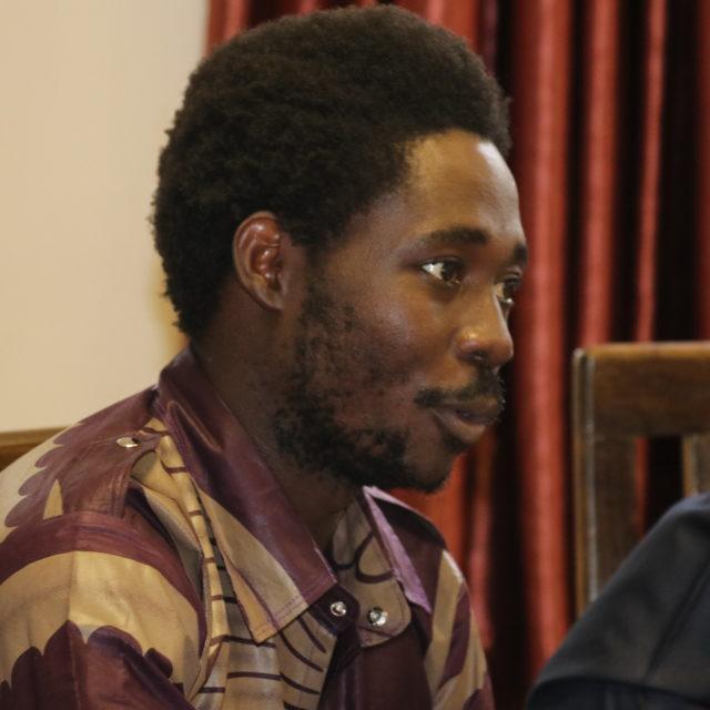 """Ihmisoikeus- ja ympäristöaktivisti Agenonga Robert:""""Kaipaan rajat ylittävää aktivismia"""""""