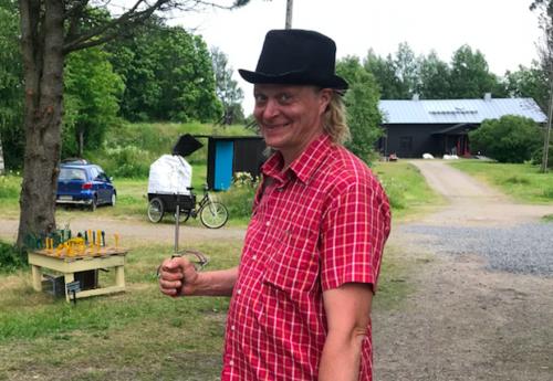Kuvataiteilija-muusikko Risto Puurusen tirehtöröimä Haihatus sai kuin saikin kesänäyttelynsä avattua myös tänä vuonna