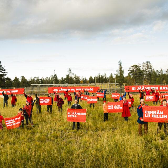 Nykytaide ja aktivismi kulkevat käsi kädessä saamelaisten oikeuksia ajettaessa – uusi näyttely kokoaa tekijät yhteen