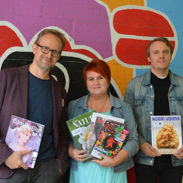 Kaapelitehtaan Konttori-kahvilassa avautuu suomalaisen lehtikentän kirjo