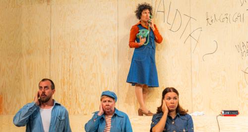 Lilla Teaternin näyttämöversio nojaa Märta Tikkasen Miestä ei voi raiskata -romaanin alkuvoimaan