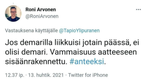 Näyttökuva Roni Arvosen twiitistä.